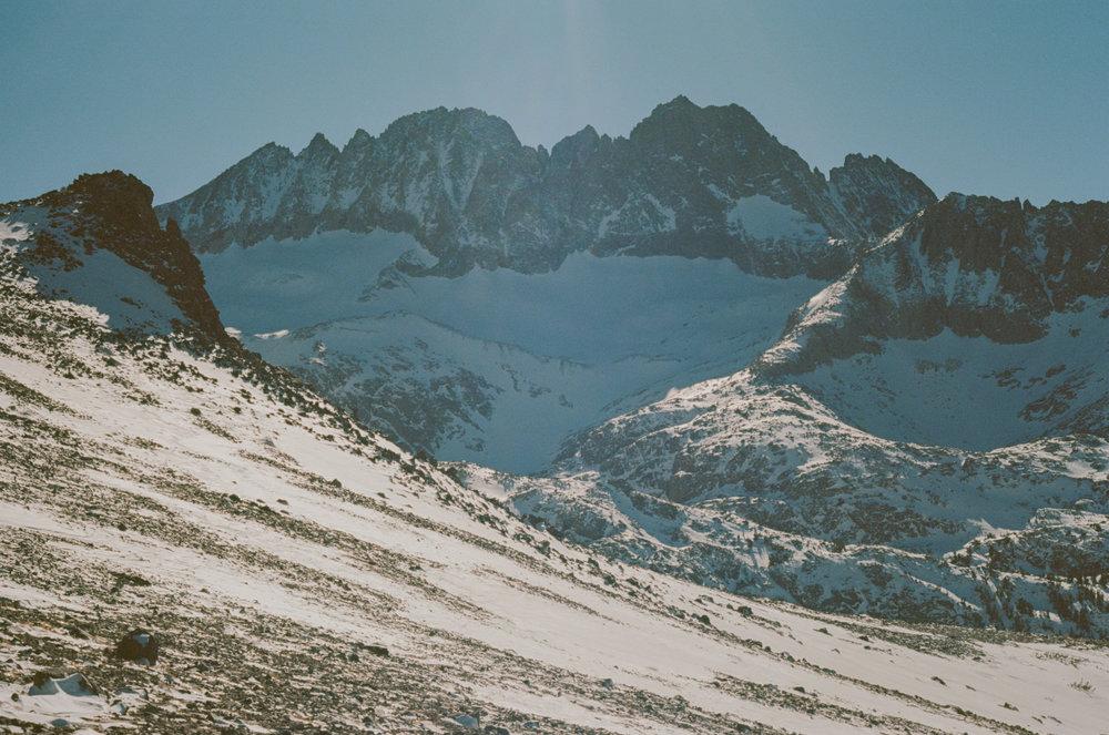 Sierra_MidWinter_Ski-15.jpg