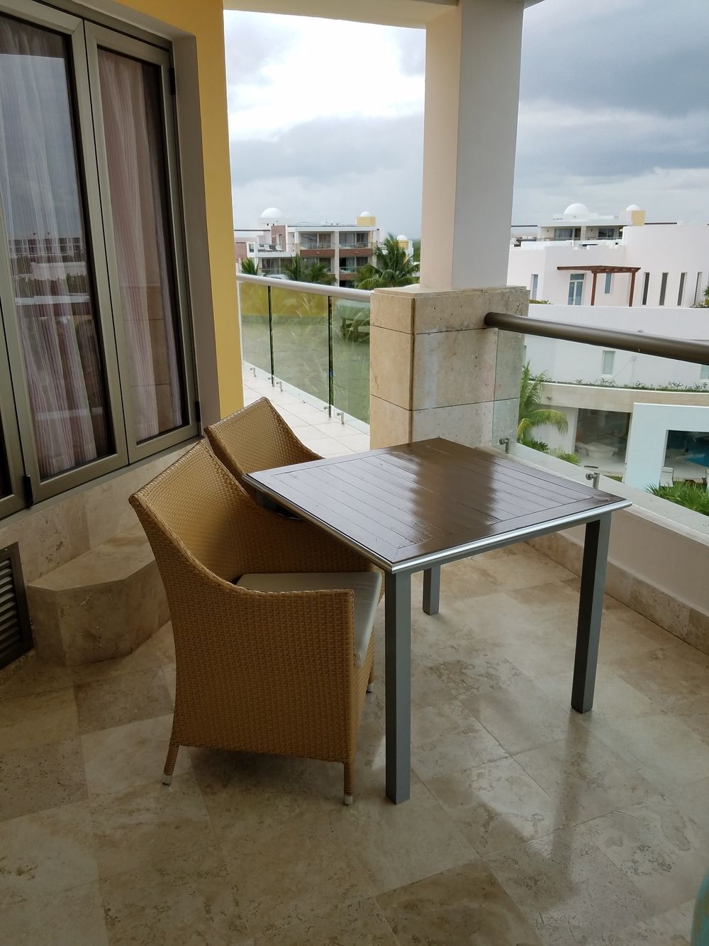 junior-suite-balcony-excellence-playa-mujeres