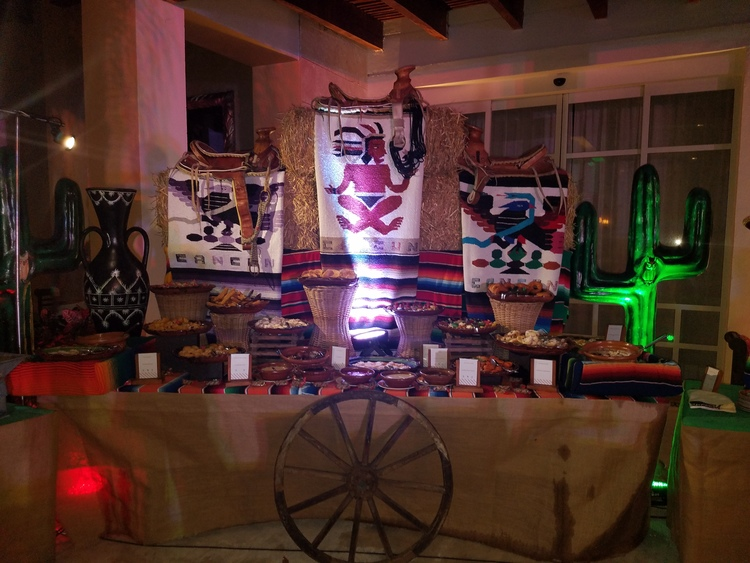 mexican-night-party-excellence-playa-mujeres