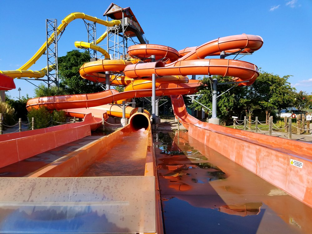 waterslide-hawaiian-falls-waterpark-the-colony-texas
