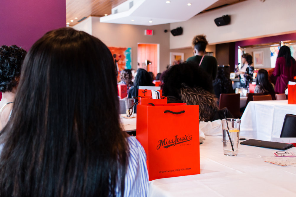 swag-bags-because-women-love-brunch