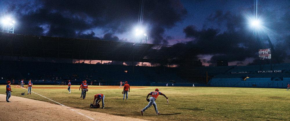 Steven-Counts-Cuba-Baseball-12