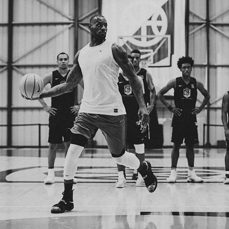 Steven-Counts-Nike-Academy-24.jpg