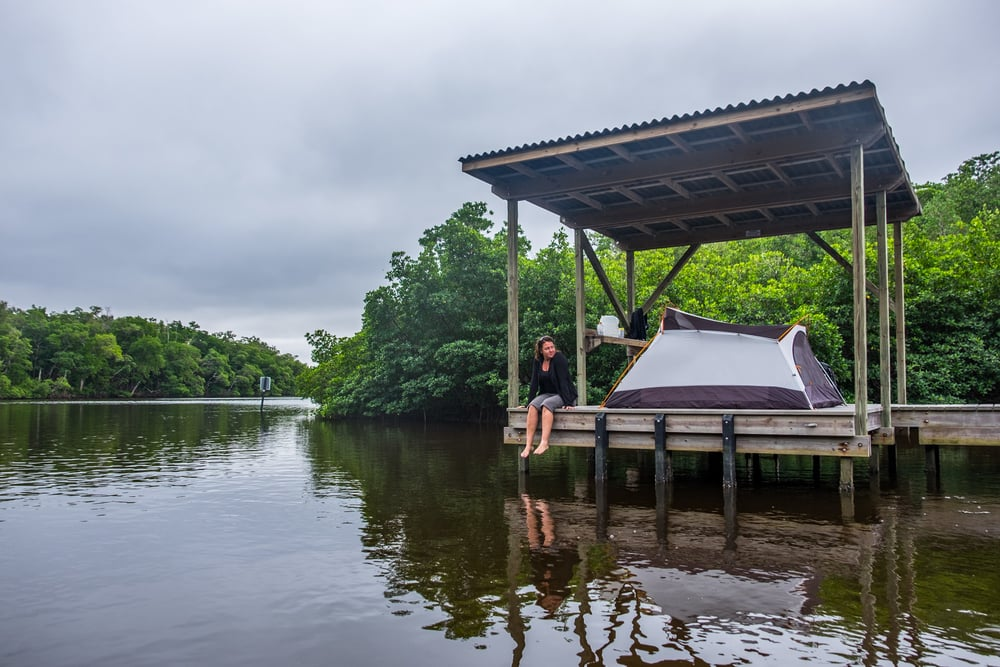 A backwater Chickee (traditional stilt platform).