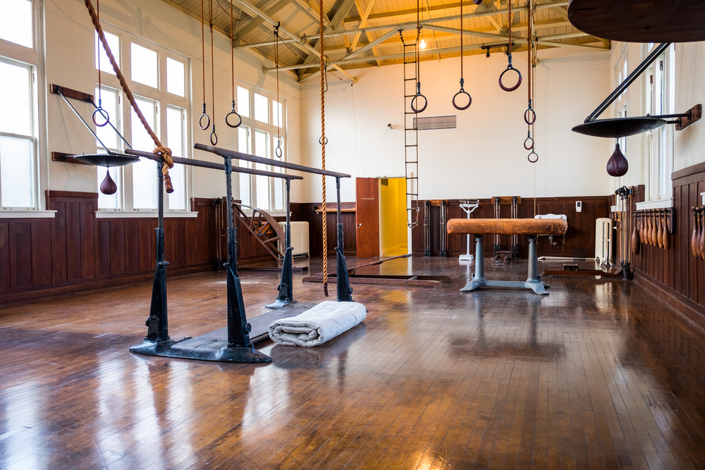 This is one of the coolest rooms we've ever been into. The old gym, beautifully kept as it was at the turn of the century. One minute in this room and you can picture it alive with activity....skinny men in white tank tops and very short shorts climbing the ropes, punching the leather fast bags, and testing their skill on the parallel bars. It is like a scene from a movie.