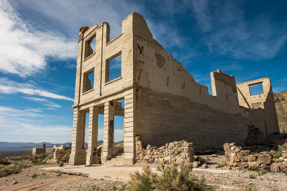 Rhyolite, an old mining town on the eastern side of Death Valley National Park in Nevada, is a quick one hour drive from Furnace Creek where you can learn about the area's mining history (/ghost town!)