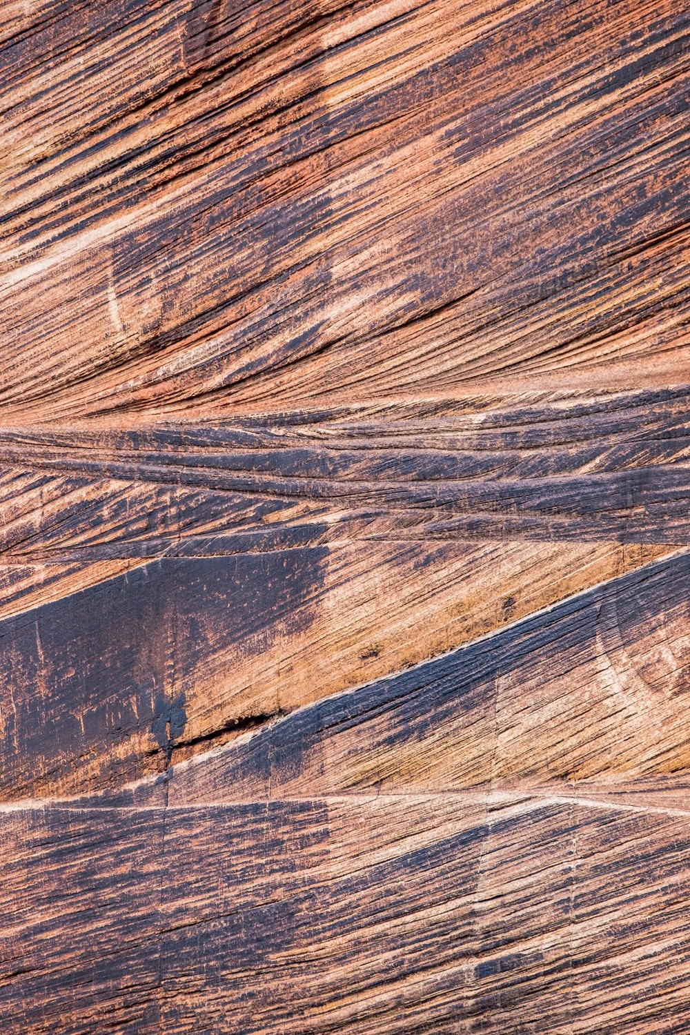 This is a very zoomed in shot of the rock face of the distant wall. I love the texture and lines of the Navajo Sandstone that makes up these amazing walls of the canyon.