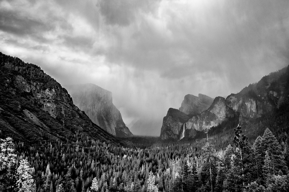 A parting shot of Tunnel View. Yosemite will always hold a special place in our hearts. Onward!