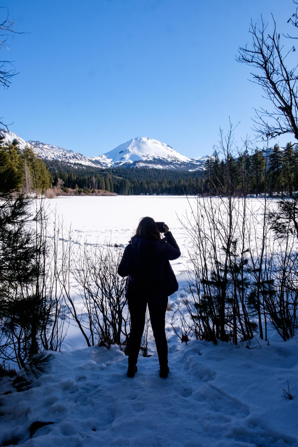A fantastic hike around the frozen Manzanita Lake.