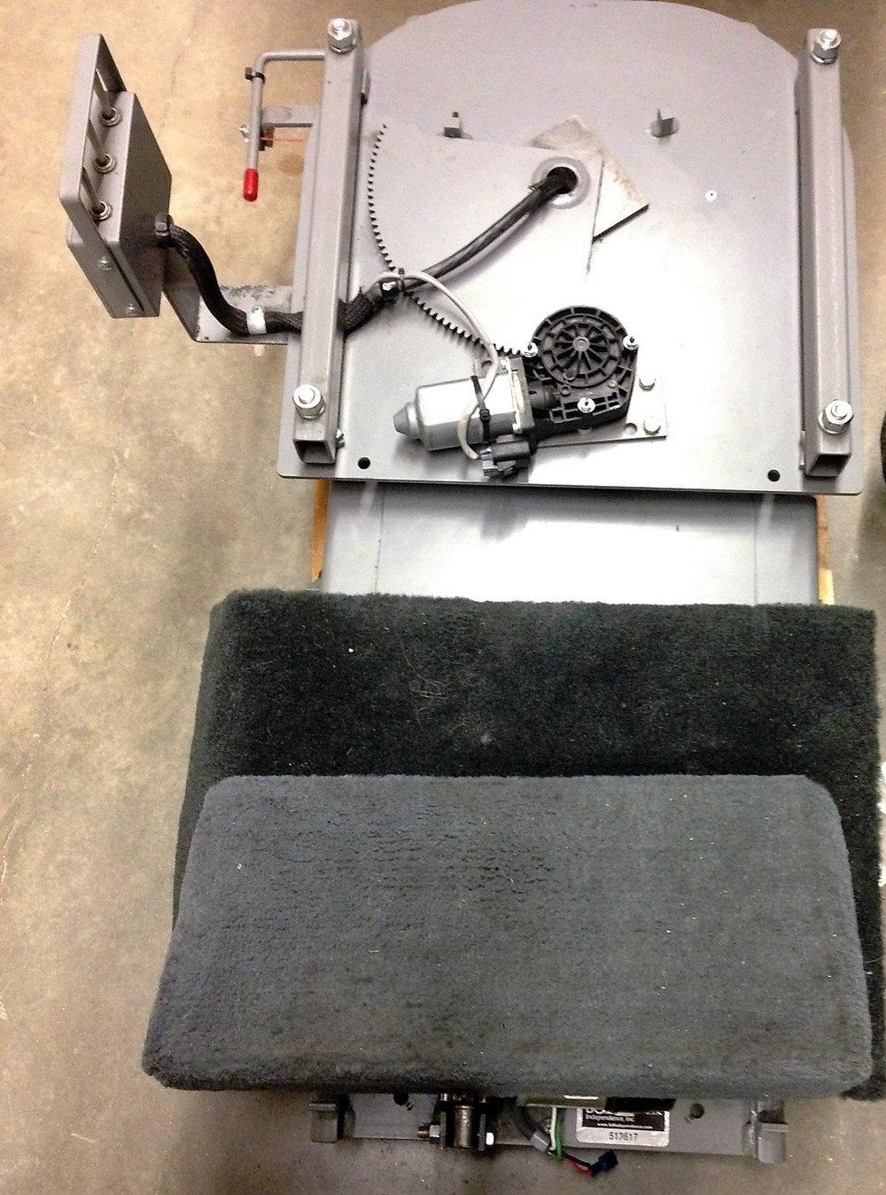 2015 B&D Driver Side 6x Transfer Seat.jpg