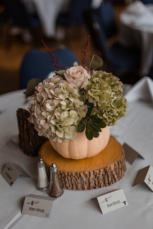 Devil's Head Wedding Florist - Madison Wisconsin