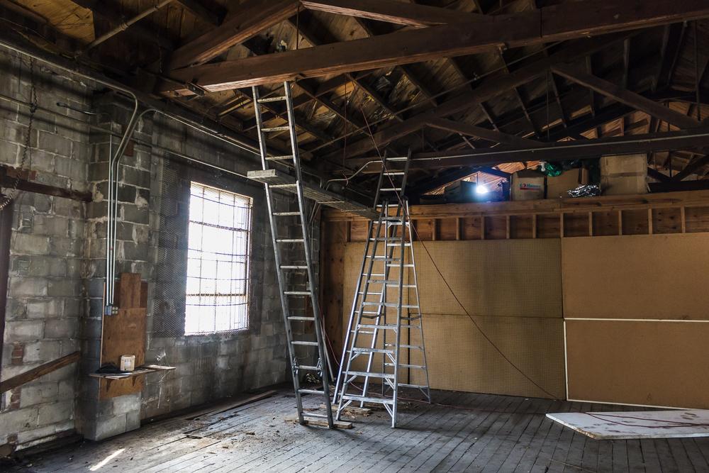 warehouse ladders to ceiling.jpg