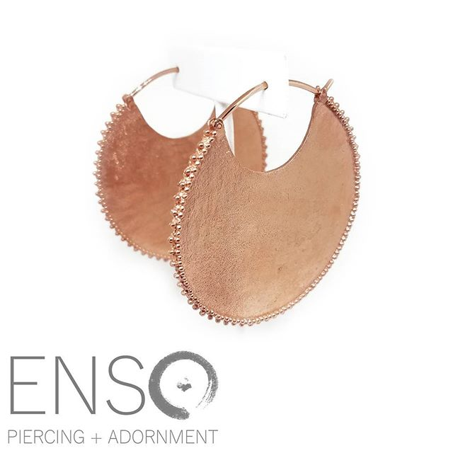 "Need a unique 🎁? We have tons of options for stretched and standard pierced ears! Shown here are ""Royal"" in rose gold from @mayajewelry. One of our favorites! ❤️ We also have gift certificates available if you want to give the gift of a new piercing. 😊 #ensopiercing #ensopiercingandadornment #piercing #bodypiercing #bodyjewelry #saltlakecity #slc #900South #harveymilkblvd #shoplocal #shopsmall #legitbodyjewelry #legitbodypiercing #safepiercing #APPmember"