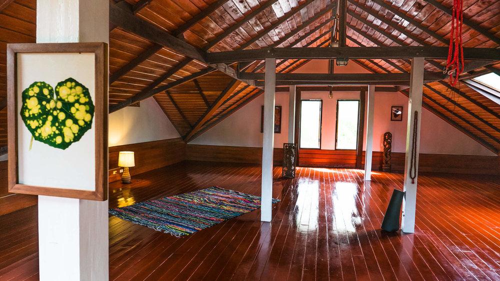 Yoga-House-Koh-Phangan-TTC-Venue-for-rent-Villa-3-1.jpg