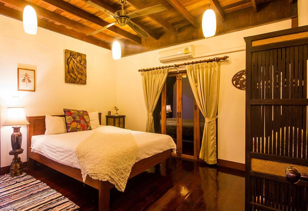 Yoga-House-Koh-Phangan-TTC-Venue-for-rent-Villa-4.jpg
