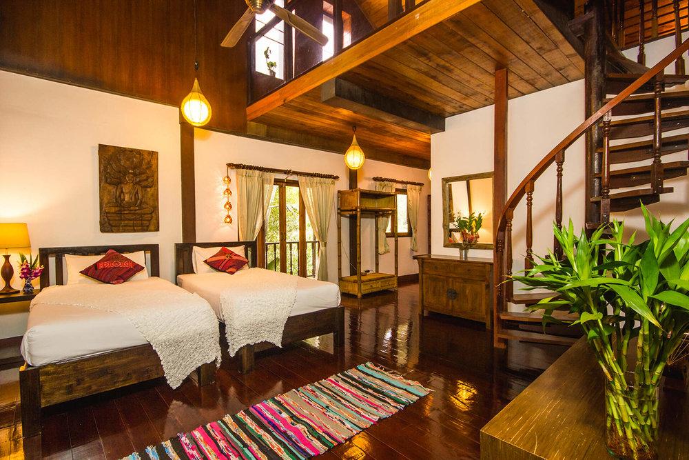 Yoga-House-Koh-Phangan-TTC-Venue-for-rent-Villa-8.jpg