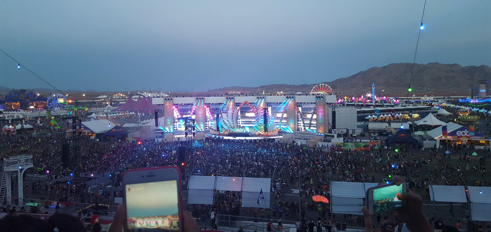 Tips From Our First EDC Las Vegas Experience - entrance