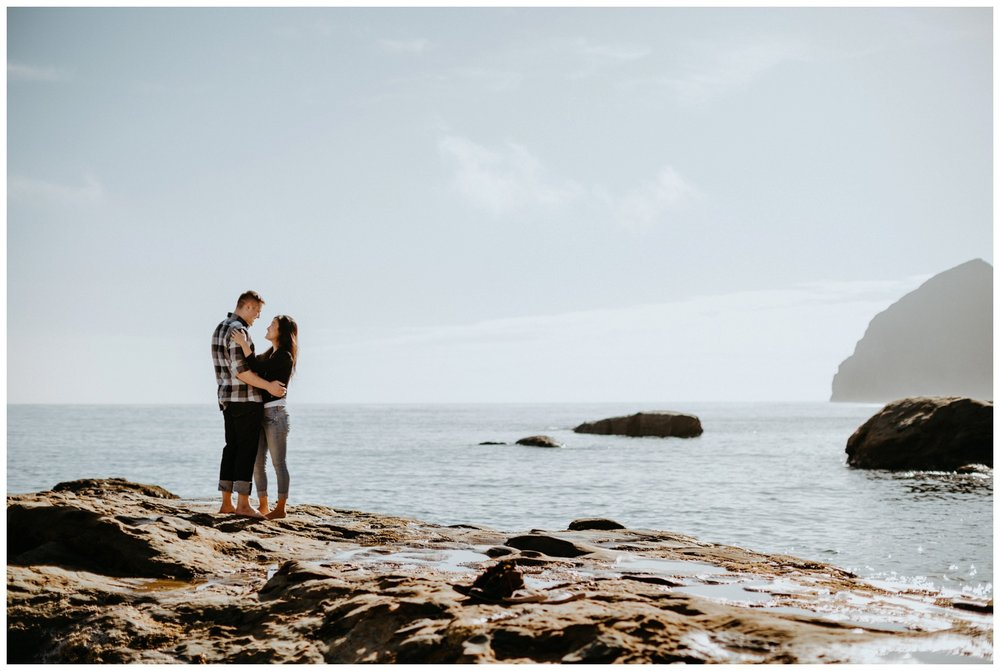 cape_kiwanda_beach_engagement_shoot_0031.jpg