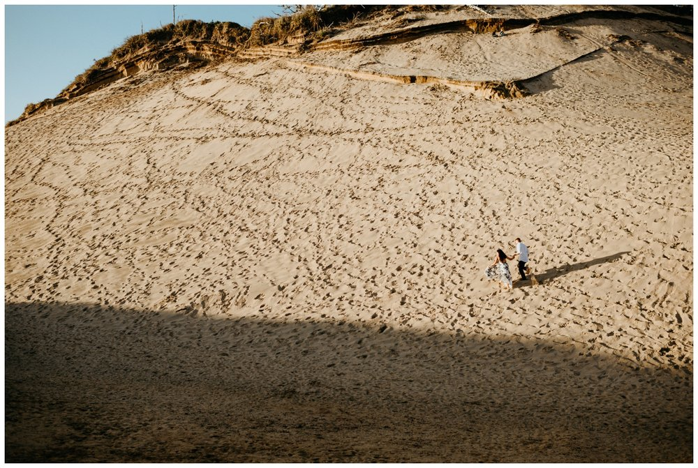 cape_kiwanda_beach_engagement_shoot_0063.jpg