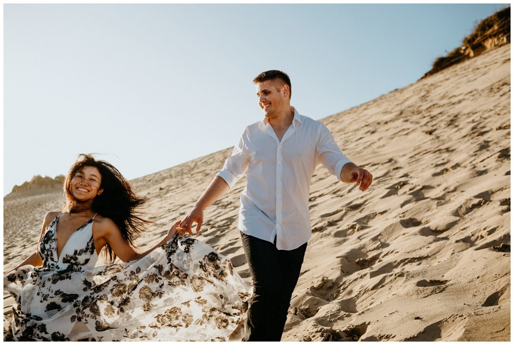 cape_kiwanda_beach_engagement_shoot_0065.jpg
