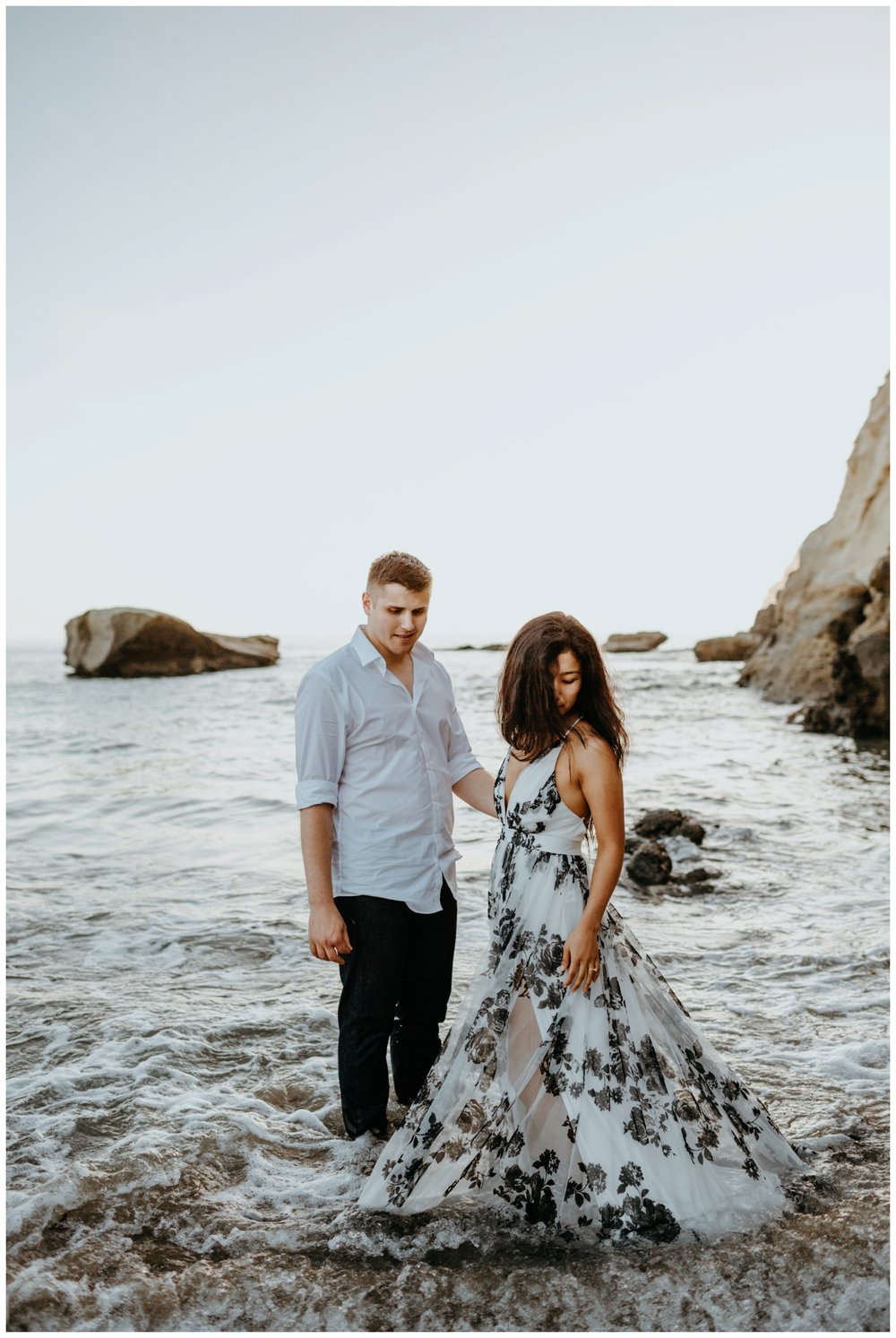 cape_kiwanda_beach_engagement_shoot_0070.jpg