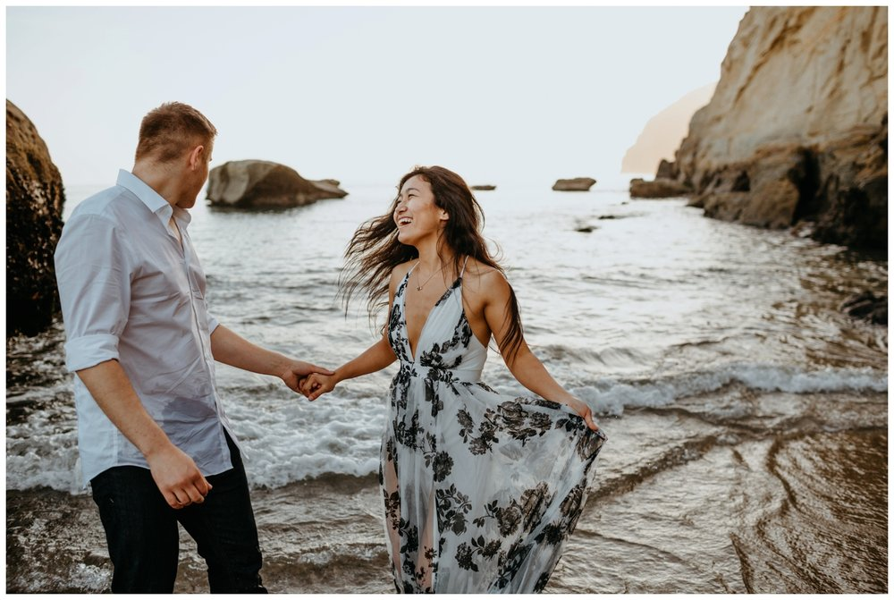 cape_kiwanda_beach_engagement_shoot_0080.jpg
