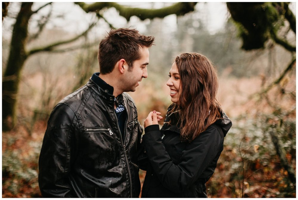 columbia_river_gorge_jasminejphotography_cape_horn_engagement_session_0032.jpg