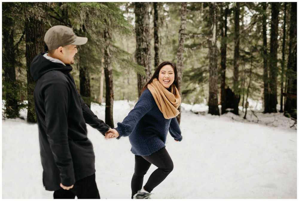 trillium_lake_engagement_shoot_0002.jpg