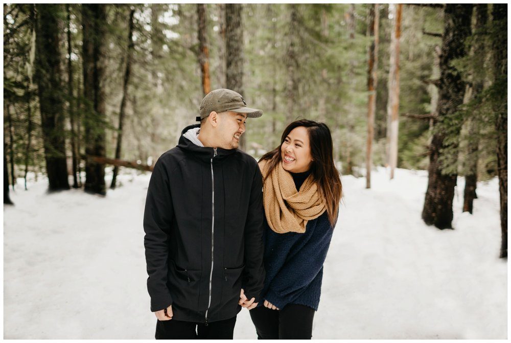 trillium_lake_engagement_shoot_0003.jpg