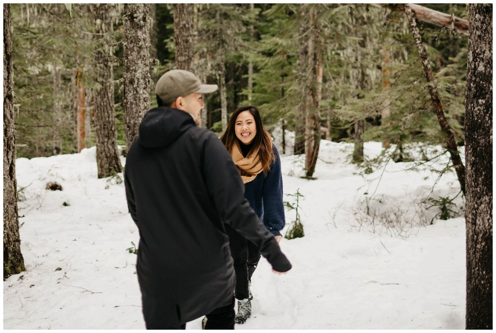 trillium_lake_engagement_shoot_0008.jpg