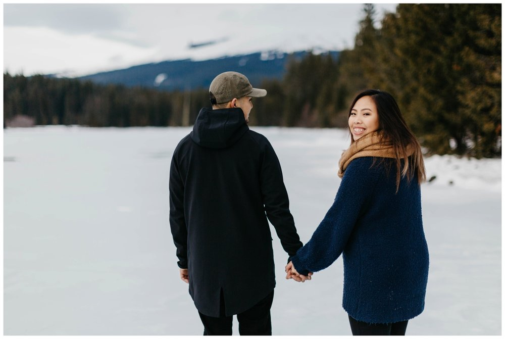 trillium_lake_engagement_shoot_0018.jpg