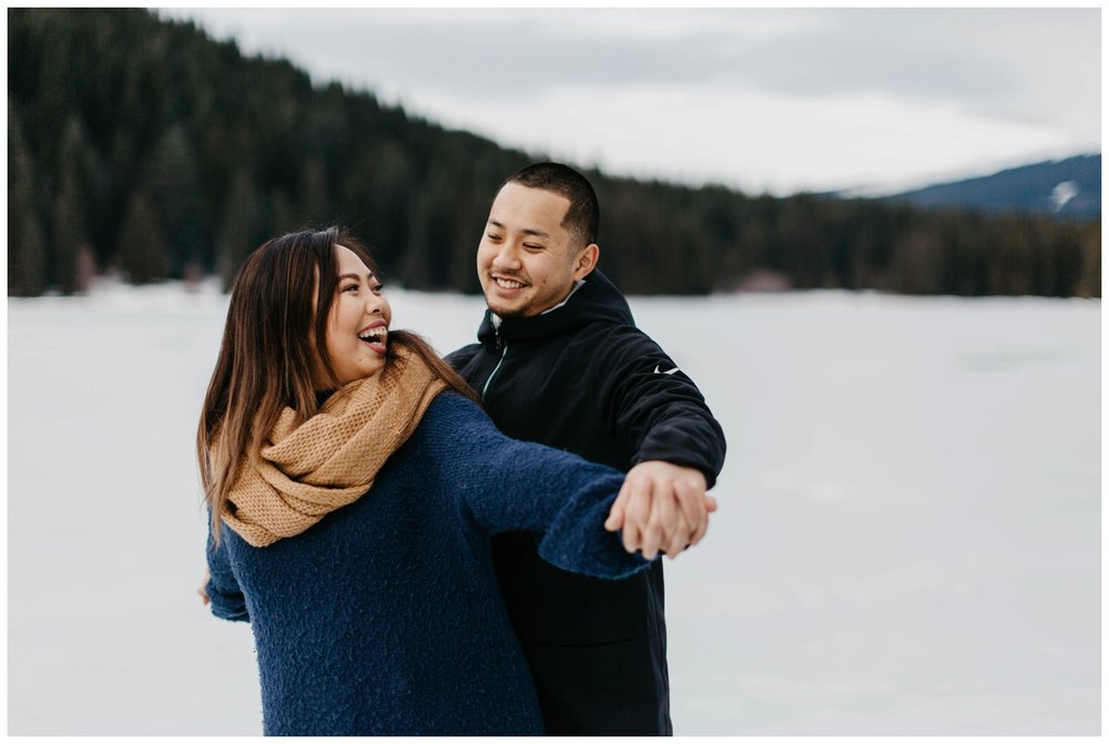 trillium_lake_engagement_shoot_0020.jpg