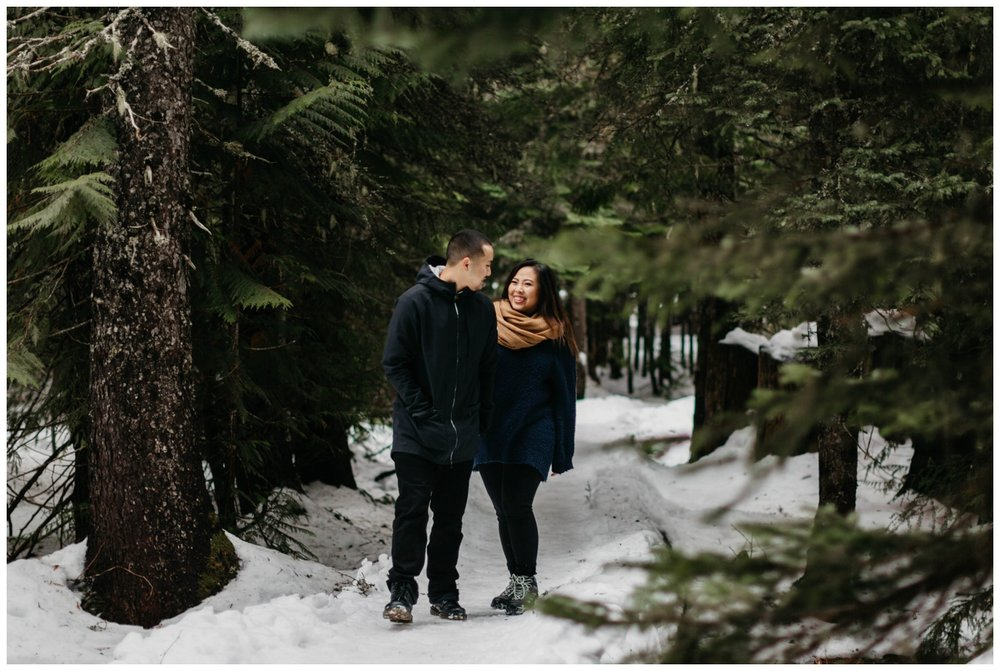 trillium_lake_engagement_shoot_0029.jpg