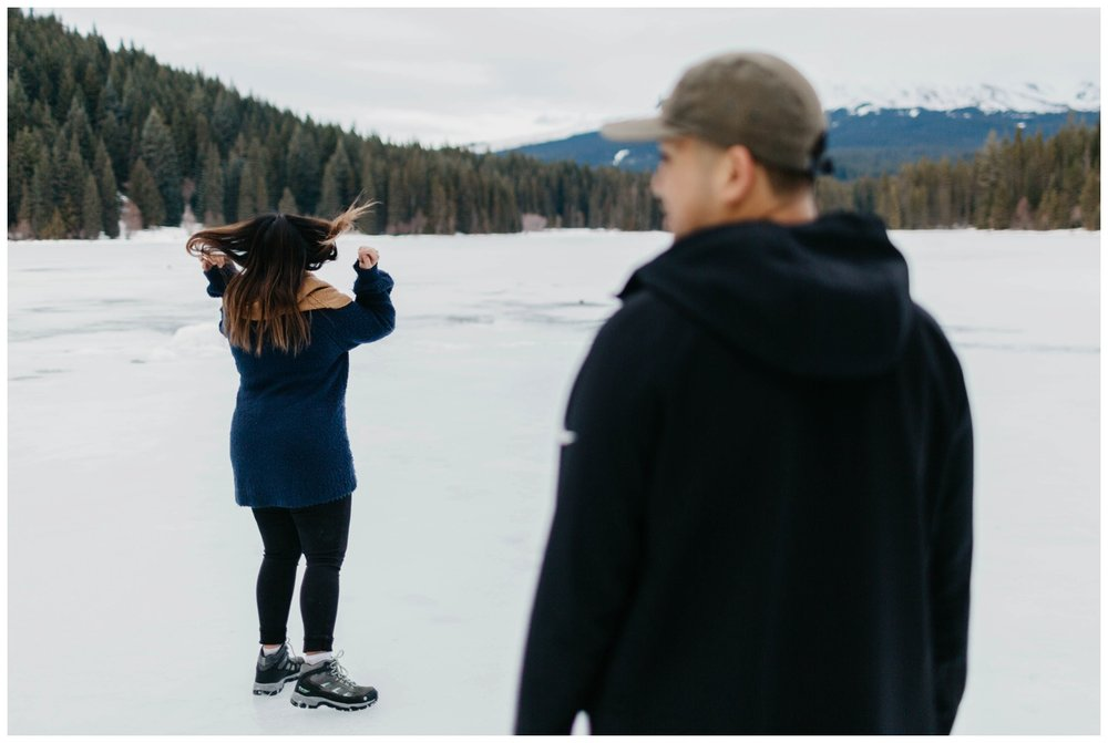 trillium_lake_engagement_shoot_0033.jpg