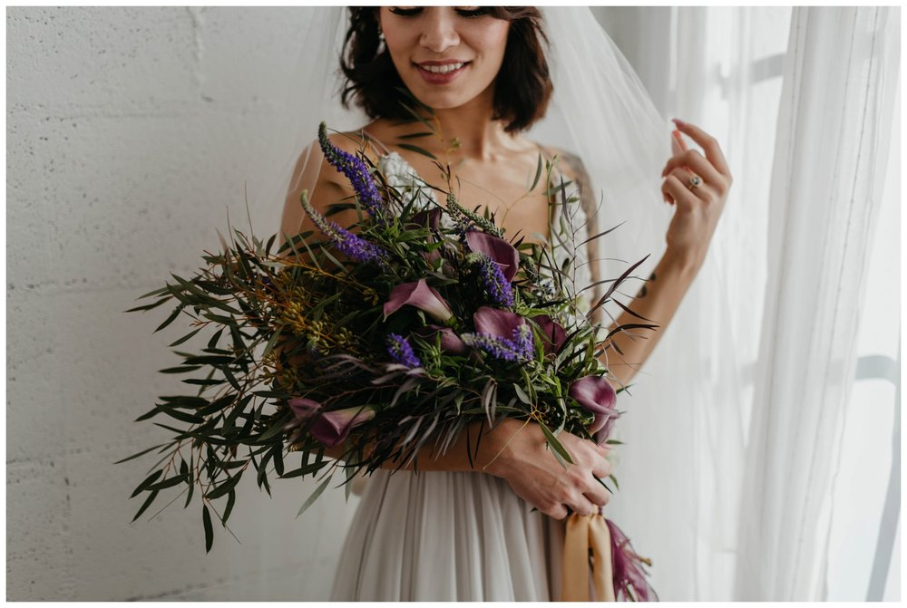 portland_studio_bridal_shoot_truvelle_alexandra_0028.jpg