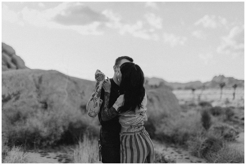 joshua-tree-engagement-photoshoot_0006.jpg