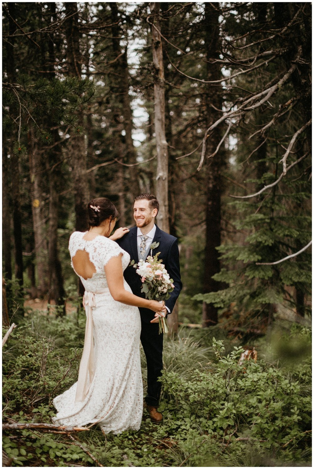 jasmine-j-photography-mt-hood-skibowl-wedding_0016.jpg