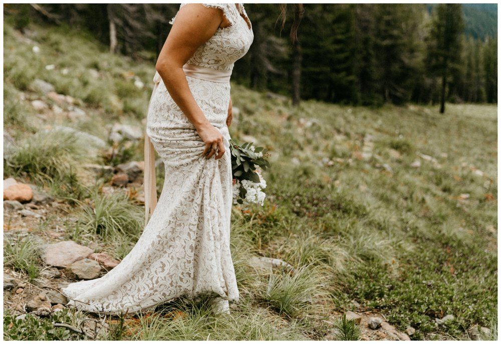 jasmine-j-photography-mt-hood-skibowl-wedding_0029.jpg