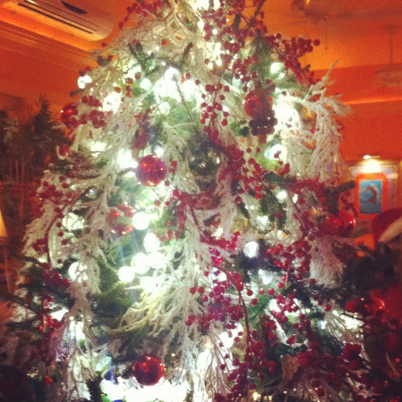 Calypso Grill Christmas Tree