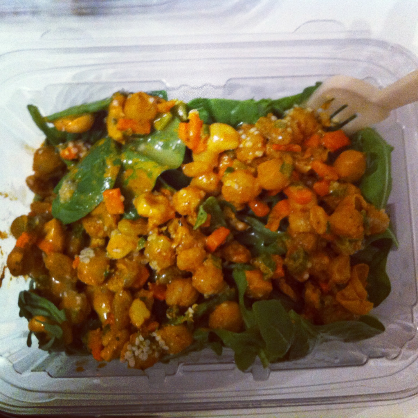 Chickpea Curry Salad Cocobeet