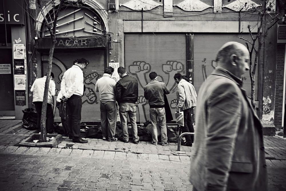 StreetIstanbul1.jpg