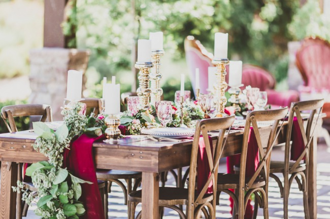 gold-decor-and-greenery-on-wood-tablescape.jpg