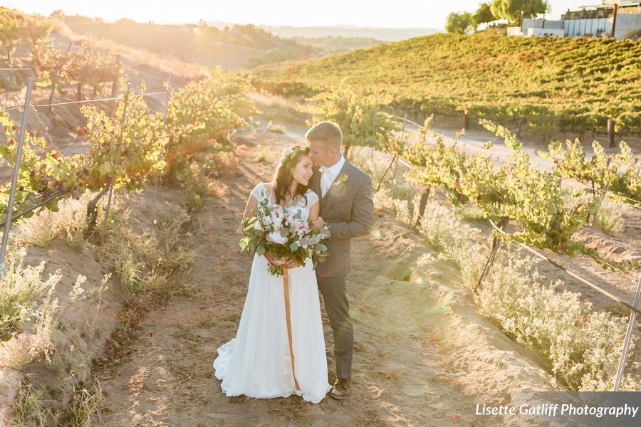 LisetteGatliffPhotography_cawineryweddinglisettegatliff80_low.jpg