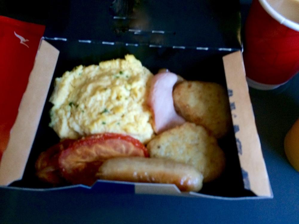 Economy Breakfast. Sydney to Perth  Source: FlySpy