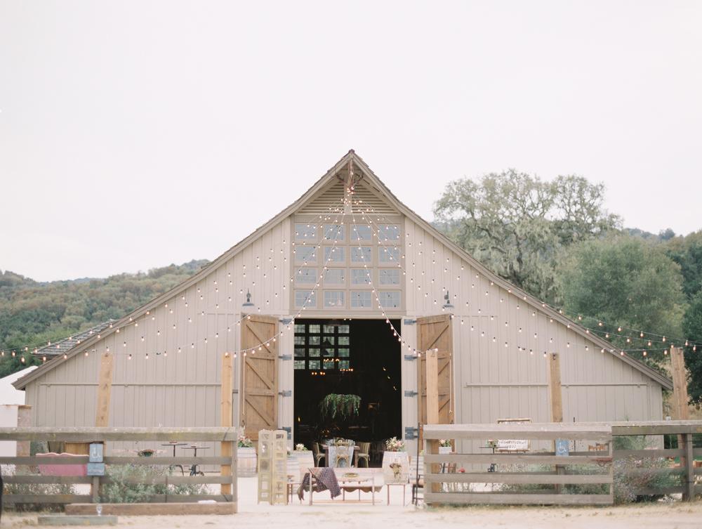 JENNIFER-SKOG-dane-nate-santa-lucia-preserve-wedding-0521.jpg