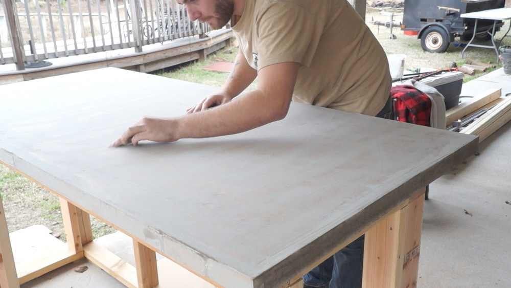 After The Each Coat Dried, I Sanded Down The High Points With 80 Grit  Sandpaper, Making Sure To Use Light Pressure.