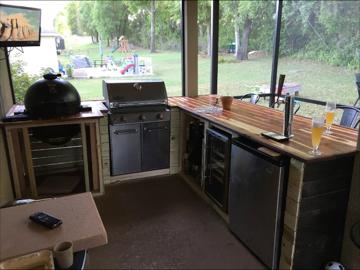 Cedar Top Outdoor Kitchen