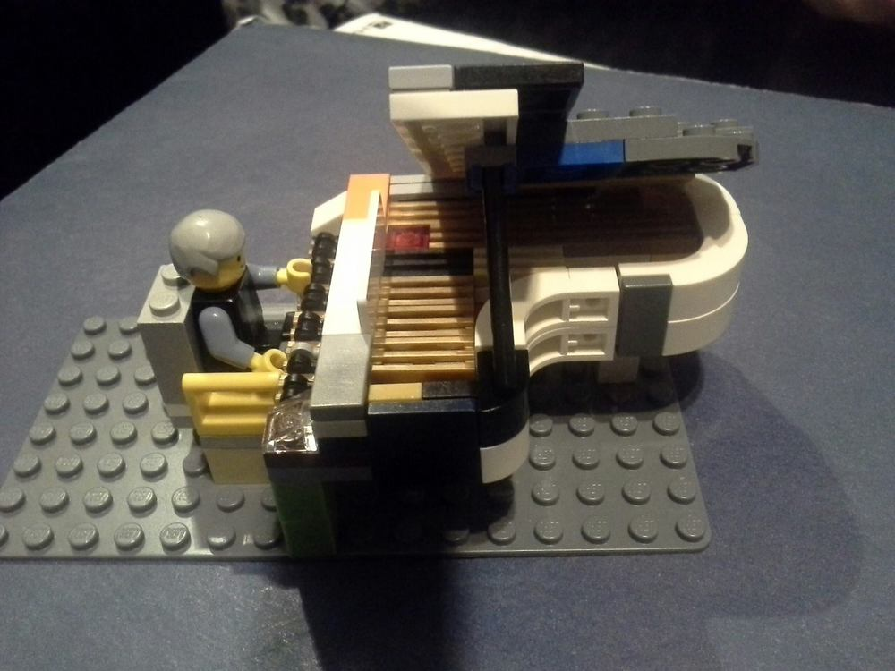 Evan's LEGO® Piano