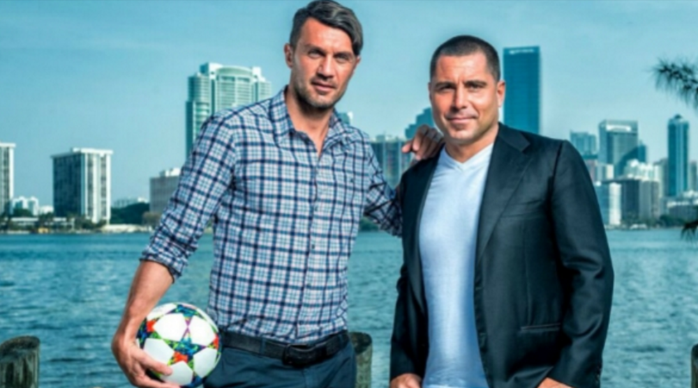 Paolo Maldini (left) and Riccardo Silva  (right).