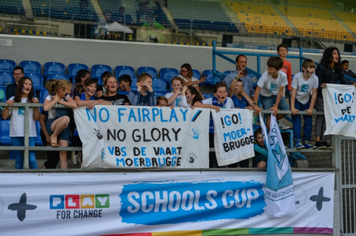 Fans promoting fair play